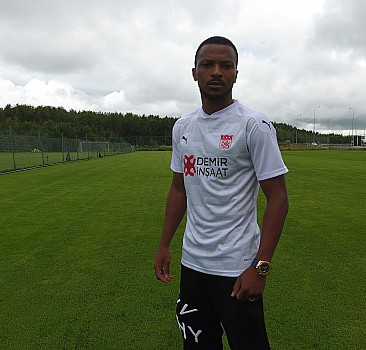Sivasspor, Nijeryalı golcü Kayode'yi yeniden kiralık olarak kadrosuna kattı
