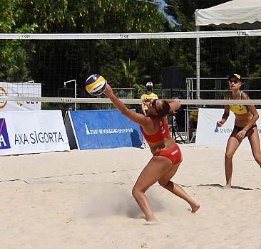 CEV 20 Yaş Altı Avrupa Plaj Voleybolu Şampiyonası'nda kadınlarda ilk gün sona erdi