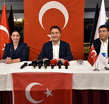 """DEVA Partisi Genel Başkanı Babacan, Samsun'da """"Basınla buluşma"""" programında konuştu:"""