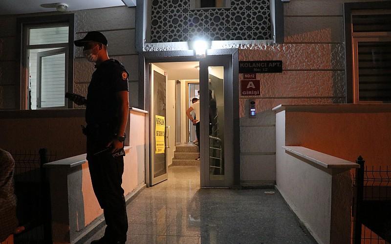 Isparta'da bir kişi apart dairesinde ölü bulundu