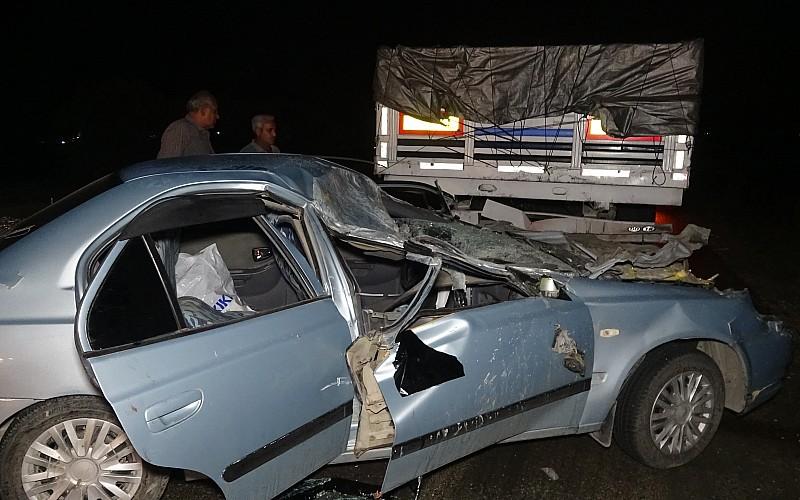 Adana'da otomobil ile tırın çarpışması sonucu 1 kişi öldü