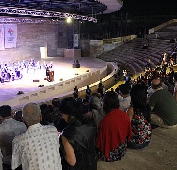 Kazakistan'ın bağımsızlığının 30. yılında Hatay'da konser verildi