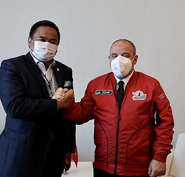 Bakan Varank, Endonezya heyetiyle görüştü