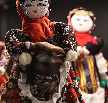 """""""Dünya Bebekleri Sergisi"""" Rahmi M. Koç Müzesi'nde açıldı"""