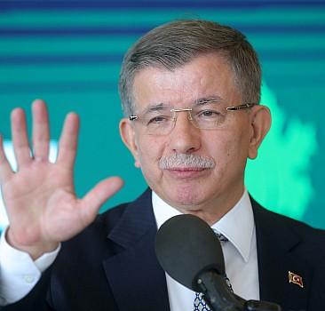 Ahmet Davutoğlu, yazar Cengiz Dağcı'yı anma töreninde konuştu: