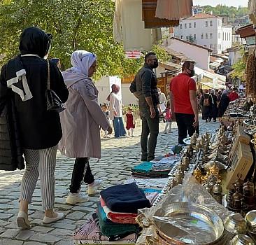 UNESCO kenti Safranbolu hafta sonu tatilcilerin akınına uğradı