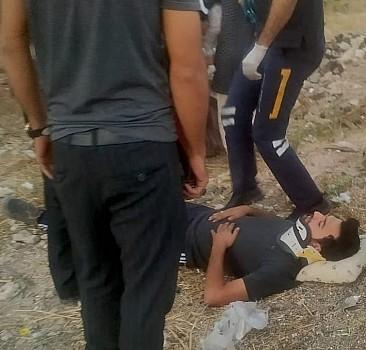 Şanlıurfa'da çarpışan iki otomobildeki 4 kişi yaralandı