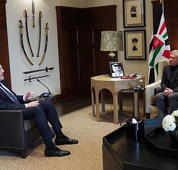 """Lübnan Başbakanı Mikati, Amman'da Ürdün Kralı Abdullah'la """"iş birliğini genişletmeyi"""" görüştü"""