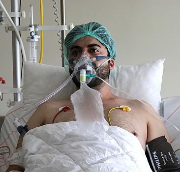 Kayseri'de yoğun bakımda aşı çağrısı yapan Kovid-19 hastası genç imam hayatını kaybetti