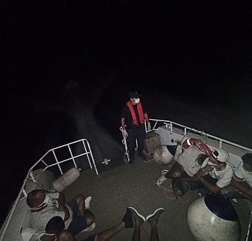 Bodrum açıklarında 8 düzensiz göçmen kurtarıldı
