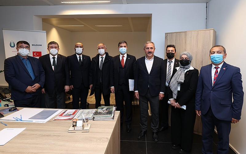 AK Parti Genel Başkan Yardımcısı Efkan Ala, Belçika'da Türklerle buluştu: