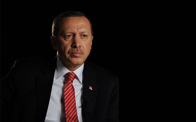 Erdoğan'a hakaret ödüllendirildi!