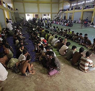 Rohingya Müslümanlarının korku dolu yolculuğu