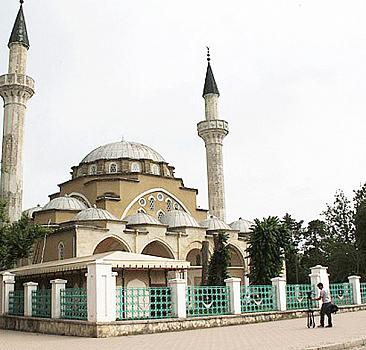Kırım'ın sessiz şahidi: Cuma Han Camii