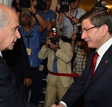AK Parti'den MHP'ye iki seçenekli paket
