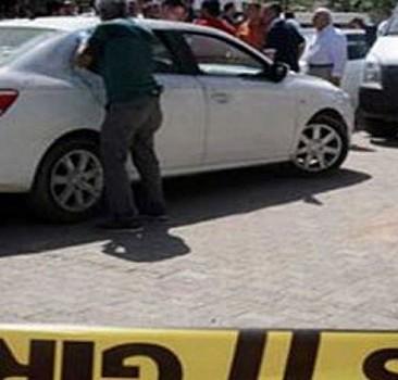 Şehrin ortasında kalaşnikoflu 4 kişi araç soydu