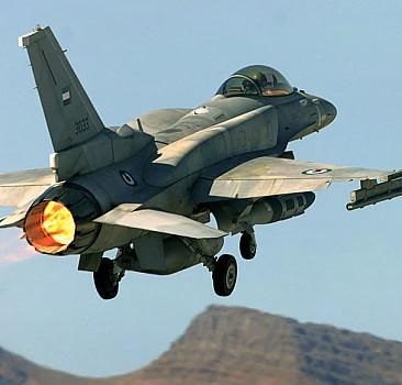Türk jetleri Yunan uçakları tarafından taciz edildi