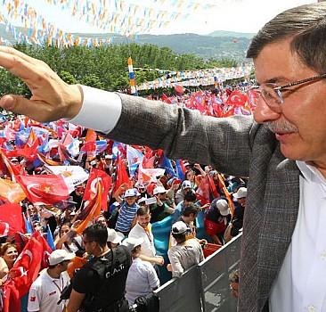 AK Parti'nin seçim şarkısı bu kez Mustafa Sandal'dan
