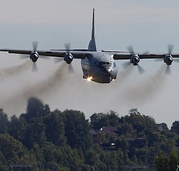 Rus uçaklarının muhalifleri bombalama anı