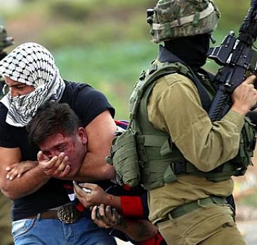 Filistinli kılığındaki Yahudi polislerden Filistinlilere darp