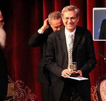 Nobel'in gizli eli; Pamuk'un 'AB'ileri