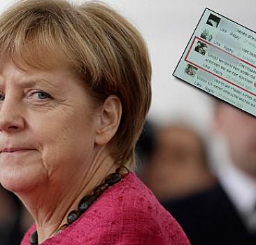 Merkel'i Facebook'tan tehdide hapis cezası!