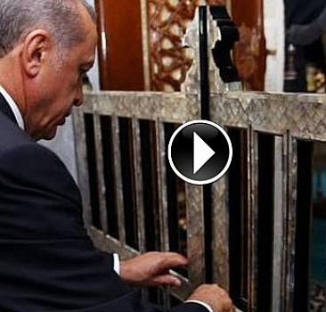 Erdoğan Eyüp'te Kur'an okudu