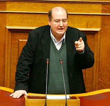 Yunan Bakan: Türkler soykırım yapmadı