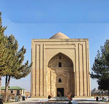 İmam-ı Gazâlî Bağdat'ı terk etti
