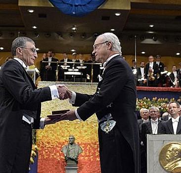 Aziz Sancar Nobel'i aldı