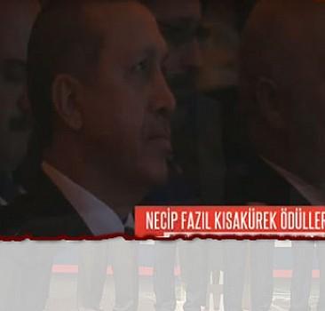 Erdoğan'ın sesinden Necip Fazıl şiiri