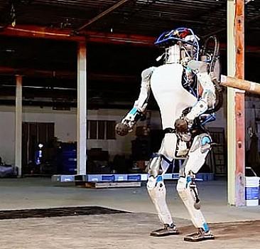 Google'ın Atlas robotu seviye atladı