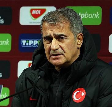 A Milli Futbol Takımı Teknik Direktörü Şenol Güneş: Oyun kalitemizi sahaya yansıtamadık