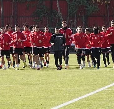 Gençlerbirliği, Fenerbahçe'yi konuk edecek