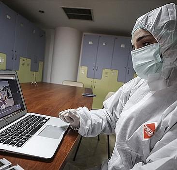 AA'nın 'Yılın Fotoğrafları' oylamasına ilk katılanlar sağlık çalışanları oldu